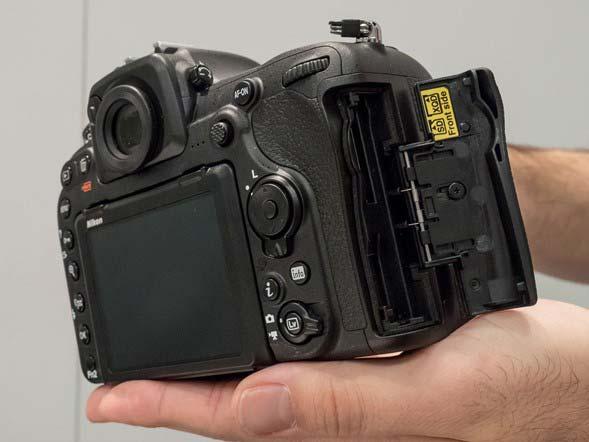 دوربین عکاسی D500