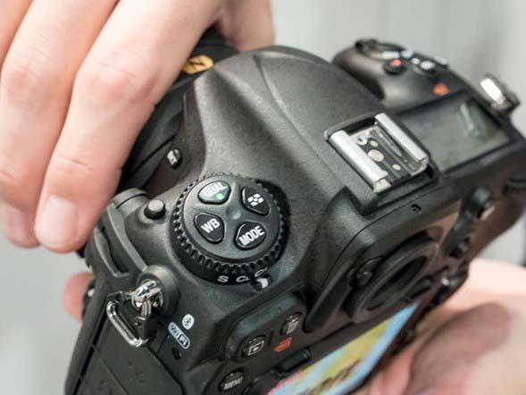 دوربین عکاسی نیکون D500