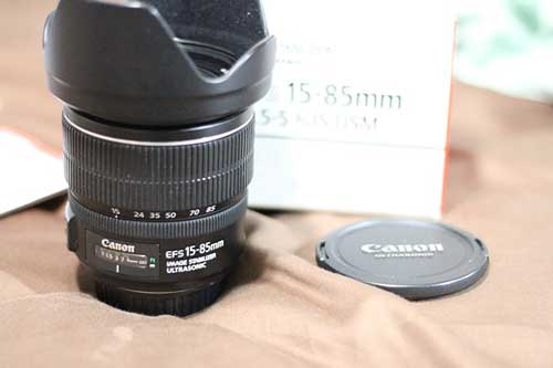 لنز کانن EF-S 15-85mm f/3.5-5.6 IS USM