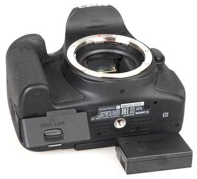 دوربین دیجیتال کانن مدل EOS 750D / Rebel T6i / Kiss X8i