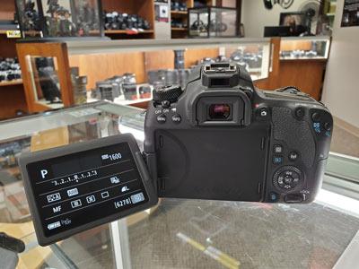 دوربین عکاسی کانن Canon EOS 77D Body
